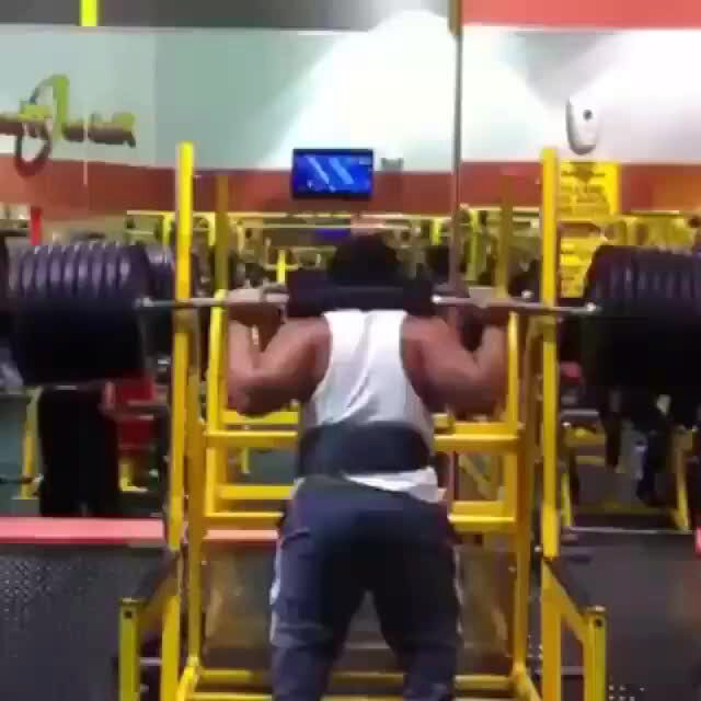 Gym Fail Heavy Squat